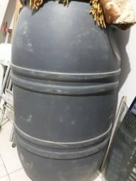 Tonel 150 L   e  rack usado preço  acessível