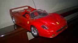 Carrinho de controle remoto ? Ferrari