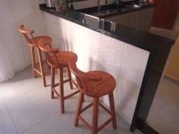 Cadeiras em Madeiras