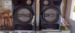 Vendo duas caixas de som Sony toda original 500