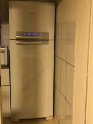 Geladeira eletrolux DF50