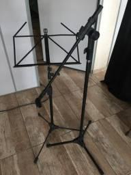 Pedestais de microfone e partituras  RMV