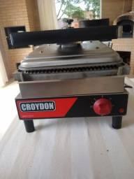 Sanduicheira elétrica Croydon nova!!!!
