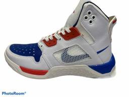 Tênis Nike air Jordan (NOVO)