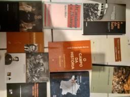 Livros de história e teoria