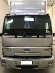 Ford Cargo 2422 - Baú
