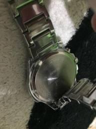 Relógio automático curren