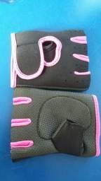 Luva feminina rosa para academias
