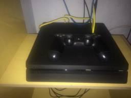 Ps4 Slim Semi Novo com 1 controle e jogos