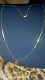 Cordao de ouro e pingente