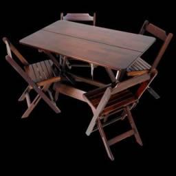 Jogo de Mesa 1,20x70 com 4 cadeiras dobrável de madeira