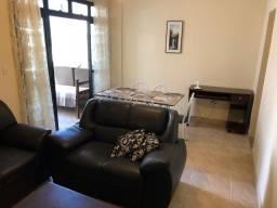Apartamento de 2 quartos de frente na Praia do Morro bem Próximo a orla da Praia
