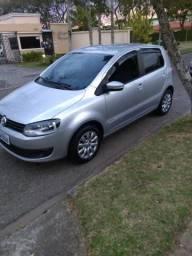 Volkswagen Fox Trendline 1.0 Flex 8v 5p 2014 - 2014