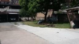 Casa em Ipatinga, 2 qts, 100 m². Aceita apto. Lote 434 m², 3 vagas. Valor 330 mil