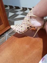 Sandália schultz