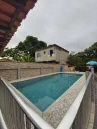 Alugo casa com piscina em Saquarema