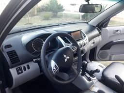Mitsubishi L200 Triton 4x4 automática FLEX V6