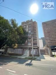 Apartamento com 1 dormitório para alugar, 70 m² por R$ 2.500,00/mês - Centro - Curitiba/PR