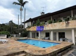 Casa com 5 suítes à venda em Carapicuíba