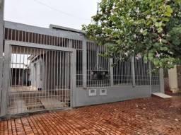 Casa para aluguel, 3 quartos, 3 vagas, Amambaí - Campo Grande/MS