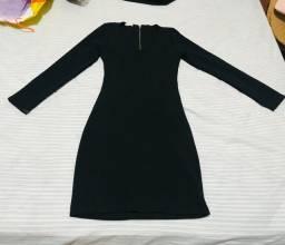 Vestido colado preto