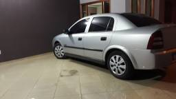 Astra Sedan super conservado