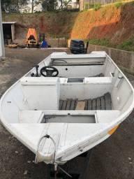 Barco de alumínio 5,5m c/ carretinha