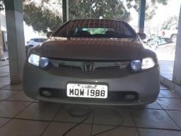 Honda Civic 07( bem conservado )