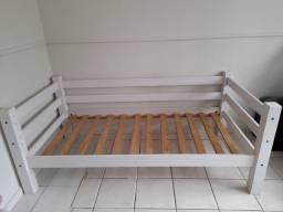Cama sofá 100% madeira