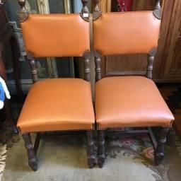 Cadeiras de Apoio Estilo Colonial Revestidas Couro ecolögico Usadas