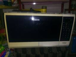 Vendo um microondas Panasonic perfect
