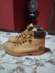 Sapato semi novo n 40/41