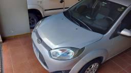 Fiesta sedan 1.6 se