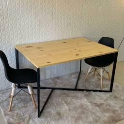 Mesa de jantar industrial