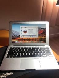Apple MacBook Air 11.6, C2D 1,4 GHz, 2 Gb DDR3, 128 Gb SSD, 308 ciclos