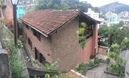 Título do anúncio: Casa para Venda em Teresópolis, Vila Muqui, 5 dormitórios, 2 suítes, 3 banheiros, 2 vagas