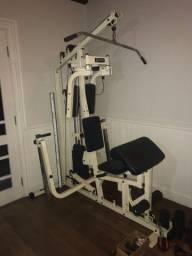 Estação de musculação c/ mais de 15 exercícios