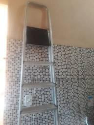 Escada de aluminio 8 degraus