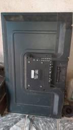 Vendo tv de 42 polegadas com a tela quebrada