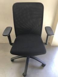 Cadeira Diretor Preta Reclinável Escritório Giratória Home Office