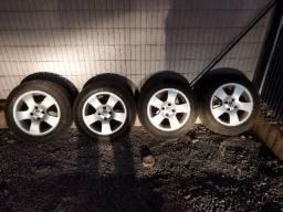 Jogo de Rodas Binno 195/55 R15 c/ 4 pneus iguais Michelin 80%