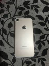 iPhone 7, 128gb dourado