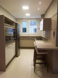 Apartamento Finamente Mobiliado! Decorado- 3 Suítes- 3 Vagas