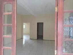 Aluga-se Casa no Novo Maranguape