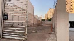 Título do anúncio: Alugo estacionamento, bairro Duque de Caxias, cuiaba/Mt