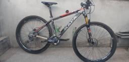 Bike aro 29, Shimano Deore, 27 Velocidades, tam:19  cassete 11/42.