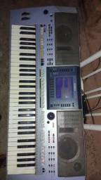 Vendo teclado Yamaha psr s 700