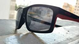 Óculos Oakley Main Link