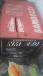 Maquina de solda bambozzi 250 A