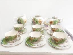 Jogo em louça para chá com folhas desenhadas (código do produto: 1289)
